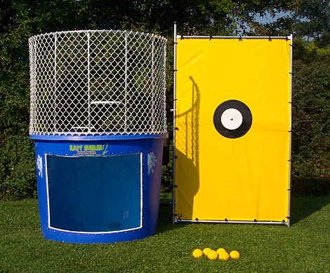 dunk tank, dunking tank